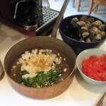 Calm and mussel fixins