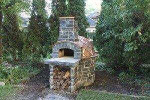 Giardino pizza oven with stone and copper exterior