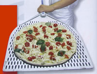 Using Pizza Peels
