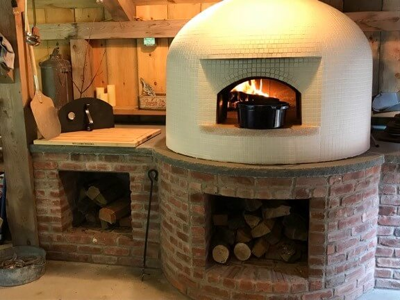Vesuvio90-black dutch oven